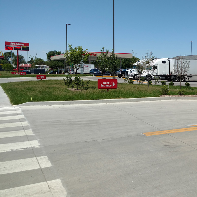 Speedway Entrance at I70 & Holt