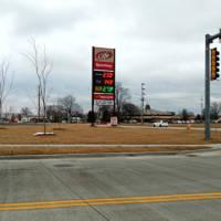 Effingham, IL Speedway Sign
